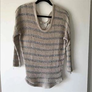 Willow & Clay Silver Gray Sequin Sweater